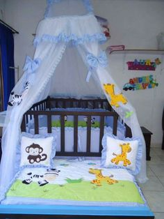 Ideas Baby Shower Decorations For Boys Safari Crib Bedding Simple Baby Shower, Baby Shower Winter, Baby Nursery Bedding, Baby Boy Nurseries, Baby Shower Decorations For Boys, Baby Necessities, Baby Shower Balloons, Kids Bedroom, Baby Room
