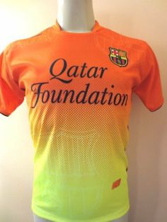 """BARCELONA # 10 MESSI YOUTH AWAY SOCCER JERSEY ONE SIZE FOR SIZE 13 TO 14 YEARS OLD.NEW. by AGMAR. $24.95. BARCELONA # 10 MESSI  YOUTH SOCCER JERSEY FOR 12 TO 13 YEARS OLD     YOU MUST ADD THIS ONE TO YOUR COLLECTION !!!!  THIS JERSEY IS REPLICA SIZE USA YOUTH FOR 12 TO 13 YEARS 18""""ARMPIT TO ARMPIT BY 25"""" FROM NECK TO BOTTOM.  THIS JERSEY IS AWESOME. GREAT DETAILS. COLLECTORS ITEM.  MADE DURABLE, BREATHABLE POLYESTER (100%).  EMBROIDERY SOCCER TEAM LOGO.   THIS JERSEY HAS AN..."""