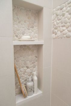 Pebble Tile Bathroom Shower Walls From white Carrara marble to black sliced pebble stones and beyond, discover the top 70 best bathroom shower tile ideas. Bad Inspiration, Bathroom Inspiration, Master Bath Remodel, Remodel Bathroom, Budget Bathroom, Small Shower Remodel, Bathroom Hacks, Bathroom Makeovers On A Budget, Bathroom Interior