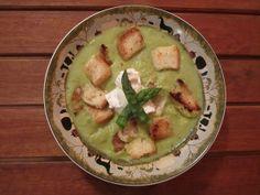 Supă cremă de avocado (de la 6 luni) Guacamole, Favorite Recipes, Ethnic Recipes, Desserts, Avocado, Food, Cream, Bebe, Tailgate Desserts
