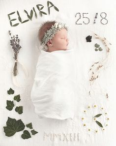 10 originelle Ideen zur Geburtsanzeige naissance part naissance bebe faire part felicitation baby boy clothes girl tips The Babys, Newborn Pictures, Baby Pictures, Baby Photos, Foto Newborn, Newborn Shoot, Baby Newborn, Foto Baby, Baby Family