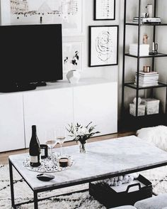 living room inspo marble coffee table set up en Coffee coffeetables en Inspo Living Marble Room set Table living room inspo marble coffee table set up en Coffee coffeetables en Inspo Living Marble Room set Table nbsp hellip Room table Living Room Interior, Home Living Room, Apartment Living, Living Room Decor, Interior Livingroom, Kitchen Living, Marble Coffee Table Set, Coffee Tables, Coffee Coffee