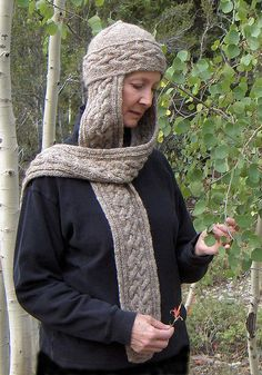 Free Pattern: Bluerose Cabled Hat Scarf by Liz Hartley