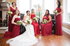 Bride and bridesmaids portrait - posing inspiration - shot by Rachel Pray | Ashley Gerrity Photography :: Woodcrest Country Club Wedding