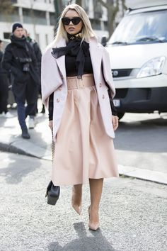 Paris Fashion Week Street Style. Fashion Snoops