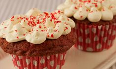 Check out this recipe for Red Velvet Cupcakes, brought to us by Goodalls of Ireland. Red Velvet Recipes, Red Velvet Cupcakes, Sweet Recipes, Nom Nom, Recipies, Muffin, Food And Drink, Yummy Food, Treats