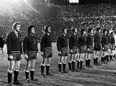 EQUIPOS DE FÚTBOL: SELECCIÓN DE ESPAÑA contra Escocia 05/02/1974