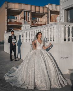 Bride Groom, Wedding Dresses, Fashion, Bride Dresses, Moda, Bridal Wedding Dresses, Fashion Styles, Weeding Dresses, Weding Dresses