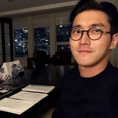 Leeteuk, Heechul, Asian Actors, Korean Actors, Super Junior, Kdrama, Song Seung Heon, Choi Siwon, Last Man Standing
