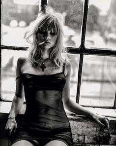 Suki Waterhouse out-take for S Moda magazine by Damon Baker #smoking