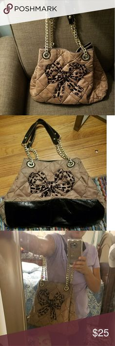Juicy Couture purse Perfectly used. Juicy Couture Bags