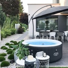Lay-Z-Spa. Find your favourite time of the day with the UK's bestselling hot tub brand. Hot Tub Garden, Hot Tub Backyard, Cozy Backyard, Backyard Pools, Pool Decks, Deco Spa, Terrasse Design, Jacuzzi Outdoor, Pool Landscaping