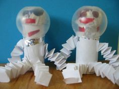 Thema : de ruimte Prachtige astronauten passend bij kerntitel 'De astronaut' van Liesbet Slegers.