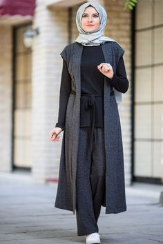Modest Dresses, Modest Outfits, Modest Fashion, Fashion Outfits, Iranian Women Fashion, Islamic Fashion, Hijab Evening Dress, Moslem Fashion, Mode Abaya