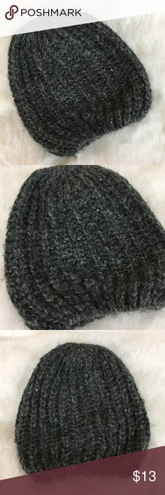 🆕H&M Grey Knit Slouchy Beanie H&M grey knit slouchy Beanie. OS. Embellished lightly with sequins. Super soft and cozy. In great preloved condition. ❌NO TRADES ❌NO LOWBALLING ❌NO MODELING ❌ H&M Accessories Hats