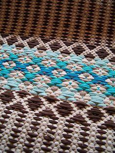 Discount Carpet Runners For Stairs Weaving Textiles, Weaving Art, Loom Weaving, Hand Weaving, Basket Weaving Patterns, Inkle Loom, Kilim Rugs, Rag Rugs, Floor Cloth