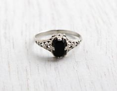 Vintage 14K White Gold Filigree Ring - Antique Art Deco Knuckle, Midi, Pinky Size 3 Black Stone Fine Jewelry / Onyx Black by Maejean Vintage on Etsy, $150.00