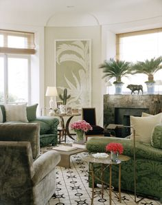 Jacques Grange designed Paris apartment for Mathilde Agostinelli. House & Garden May 2006