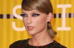 """Mit Niederlagen kann Taylor Swift nicht besonders gut umgehen. Dann wird die Sängerin schon mal zur Frustfresserin. Im Interview mit """"Grammy Pro""""..."""