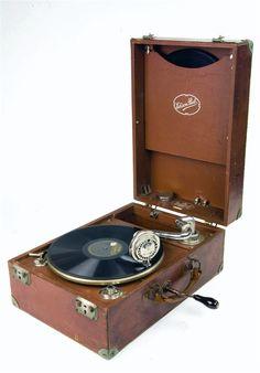 * Edison Bell Electron 1920s hand crank gramophone for HOLLYWOOD BOUDOIR *