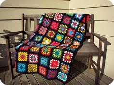 Transcendent Crochet a Solid Granny Square Ideas. Inconceivable Crochet a Solid Granny Square Ideas. Bag Crochet, Crochet Quilt, Manta Crochet, Crochet Blocks, Crochet Blanket Patterns, Crochet Yarn, Crochet Granny Square Afghan, Crochet Squares, Granny Squares