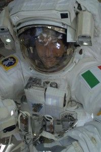 Breath stopping story by Italian astronaut - Luca Parmitano about his horrofying space walk!