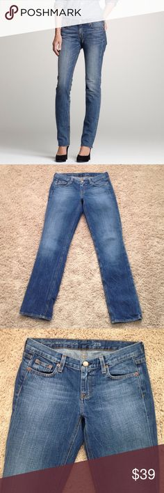"J. Crew Jeans J. Crew Vintage Matchstick Jeans in a medium wash color with "" feathering"" mostly on the back. Fabric 100% cotton. Measurements are waist laying flat 15"" across, Rise 8"", Inseam 30"" inches. These look so cute rolled up at the bottom. Great condition!!!!💙 J. Crew Jeans Straight Leg"