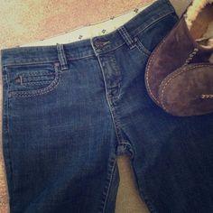 "BCBG MAXAZRIA JEAN Wide leg great style Jean! 34""inseam  8 1/2 rise    Very good condition! QUESTIONS WELCOME-NO TRADES BCBGMaxAzria Jeans"