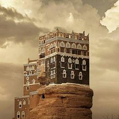 Dar Alhajar, #Sanaa,#Yemen by @mo176  دار الحجر في #صنعاء #اليمن
