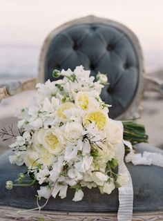 A natural and unfussy bouquet by Kelly Kaufman | photo by Jose Villa -- The 40 Most Beautiful Bouquets Ever