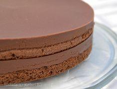 Jednostavna čokoladna torta koja će vas očarati koliko je sočna