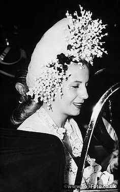 Evita (María Eva Duarte de Perón May 7 1919 – July 26 1952) First Lady of Argentina from 1946 until her death in 1952. Though she was never an officially elected political figure, most scholars agree that by her husband's second term in office she had come to exercise more power and influence within the government than anyone but her own husband.