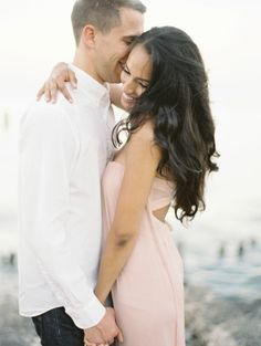 How cute are these two? http://www.stylemepretty.com/2014/10/01/lincoln-park-summertime-engagement/ | Photography: Britta Marie - http://brittamariephotography.com/