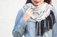 DIY: No-Sew Fringe Scarf | Inspired. I'm thinking a whole triangle / boho style with really long multi colored fringe | creme de la craft