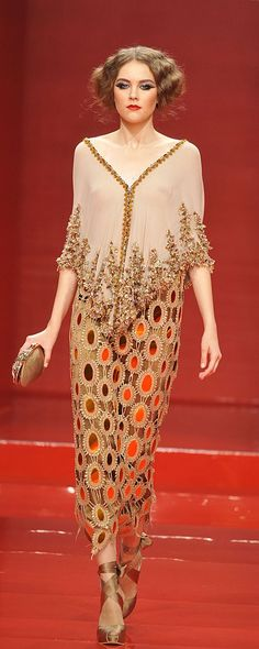 Georges Hobeika Fall-winter 2008-2009 - Couture - http://www.orientpalms.com/georges-hobeika,676
