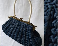 Vintage handbag, 50s / 60s blue knitted bag, hand held purse, hinge frame styling with white carry handle, Rockabilly to hippie / hippy