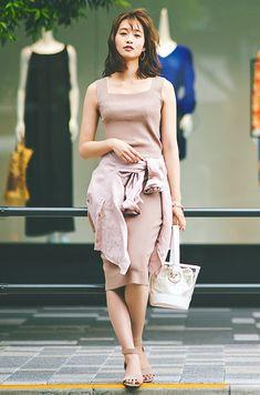 ベルト付シャツを上手に使うテクニック♡スタイルUPが叶う厳選スタイル&アレンジ術 | andGIRL [アンドガール] Fasion, Korean Fashion, One Shoulder, Chic, Stylish, How To Wear, Dresses, Fashion Women, Bicycle