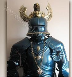 blued-gothic-full-plate-armor-1.jpg (469×500)