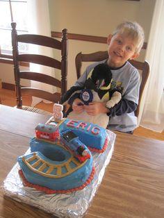 Thomas the Train Cake Boys Birthday Pinterest Cake