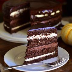 Chocolate Cream Cheese, Chocolate Glaze, Chocolate Pumpkin Cake, Pumpkin Dessert, Chocolate Desserts, Layer Cake Recipes, Dessert Recipes, Yummy Recipes, Cake Tasting