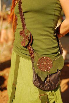Farb-und Stilberatung mit www.farben-reich.com - handmade forest elf by TximeletaCreations