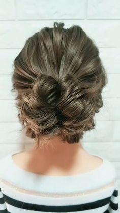 Hair Up Styles, Medium Hair Styles, Bun Styles, Up Dos For Medium Hair, Easy Upstyles For Medium Hair, Short Hair Updo Easy, Updo Tutorial, Hair Videos, Hair Hacks