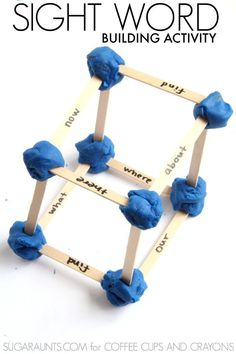 Use sight words to build shapes with play dough in this STEM building activity. Genius sight word activity and engineering project in one! Teaching Sight Words, Sight Word Games, Sight Word Activities, Literacy Activities, Activities For Kids, Literacy Centers, Alphabet Activities, Indoor Activities, Teaching Reading