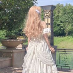 Pretty Outfits, Pretty Dresses, Cute Outfits, Fashion Mode, Cute Fashion, Aesthetic Hair, Aesthetic Clothes, Photographie Portrait Inspiration, Fairytale Dress