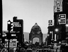shari-vari: El Monumento a la Revolución desde Av. Juárez. Ciudad de México.