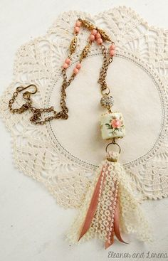 Boho tassel necklace / boho necklace / bohemian jewelry / boho jewelry / gypsy necklace / beaded necklace / shabby chic / shabby jewelry