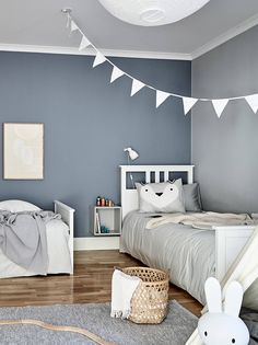 kleinkind zimmer For my latest home tour I'm taking you to the Swedish city of Gothenburg for a peek at a beautiful grey and white apartment that's brimming with inspiration for simpl Boys Bedroom Paint, Boys Bedroom Decor, Baby Room Decor, Girls Bedroom, Boys Room Paint Ideas, Boys Room Colors, Boys Bedroom Colour Scheme, Boy Toddler Bedroom, Toddler Boys
