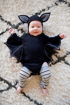 Baby Bat Costume:  MONSTER FAMILY COSTUME DIY