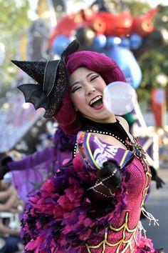 Carnival Festival, Monsters, Snow White, Dancer, Cosplay, Smile, Costumes, Disney Princess, Halloween