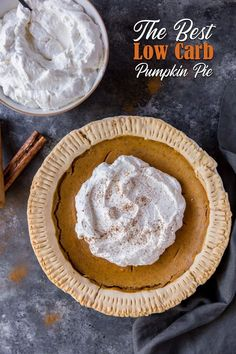 Make this keto pumpkin pie recipe for the holidays! #keto #ketothanksgiving #ketodesserts Low Carb Sweets, Low Carb Desserts, Low Carb Recipes, Primal Recipes, Ketogenic Recipes, Ketogenic Diet, Free Recipes, Low Carb Pumpkin Pie, Pumpkin Pie Recipes